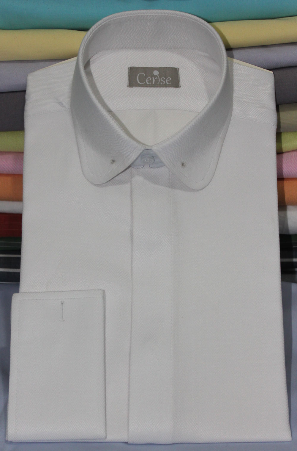 White herringbone round pin colla shirts